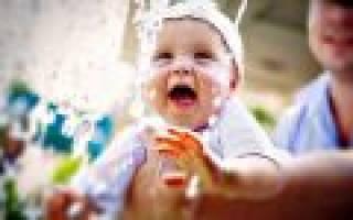 С рождением ребенка. Как поздравить с рождением ребенка своими словами